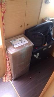 Les cartons et les bagages se préparent...